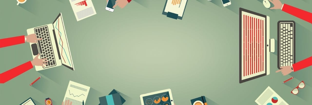 Tegning av pc, nettbrett, mobiltelefoner liggende på bord. GDPR i SAP HR